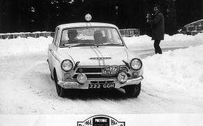 Rallye de Monte-Carlo. 1964. 299 Equipos tomaron la salida, 163 lograron llegar a Mónaco