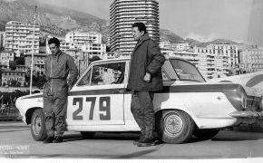 Rallye de Monte-Carlo. 1964. Final de Rallye en Mónaco. Clasificados en  el puesto 121. Primer español clasificado