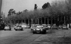 Rallye RACE. 1965. En Montjuit luchando con Paco Godia, el polaco Zasada, Juan Fernandez, Giao o Juncadella entre otros.