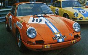 12 Horas de Barcelona. Circuito de Montjuich. Octubre 1969. El Porsche aparece ya pintado con los colores que serán carecteríticos de la Escudería Orense. El naranja con la fraja azul y blanca.