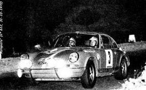 Rallye de España 1970. En los tramos de asfalto los Porsche de los pilotos nacionales rodaban en cabeza, pero al llegar las pruebas de tierra perdian todo lo ganado.