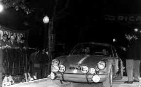 Rallye 2000 Virages 1970. Tomando la salida.