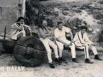 Descansando durante el II Rally de Orense. 1968